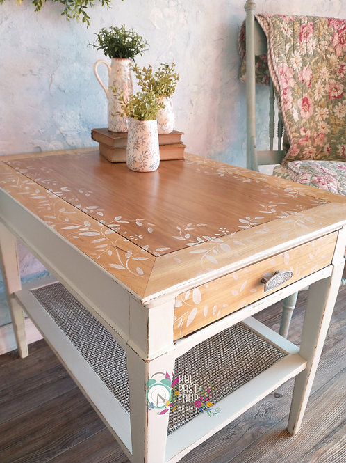 Modern Farmhouse End Table/Nightstand