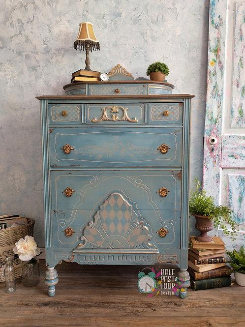 Art Deco Chest of Drawers/Dresser