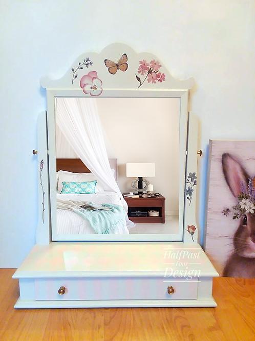 Dresser Top Valet/Vanity, Shaving Mirror