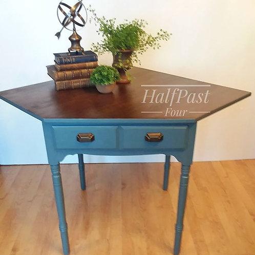 Corner Desk with Drawer