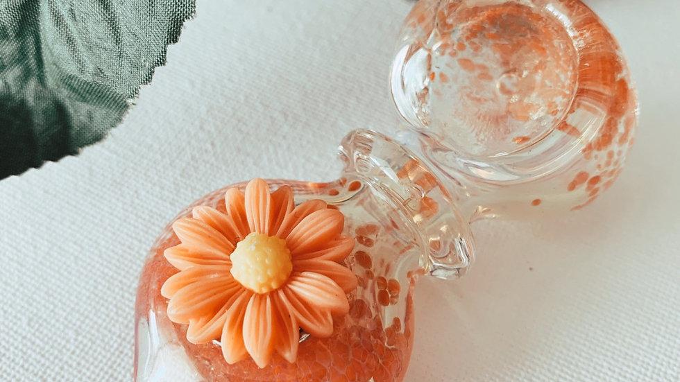 Mini Orange Daisy Pipe