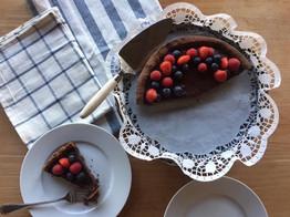 Crostata al cioccolato e frutti di bosco