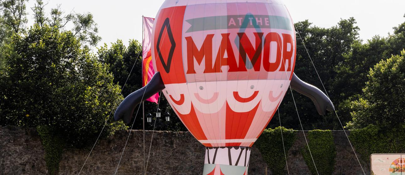 At The Manor 018.jpg
