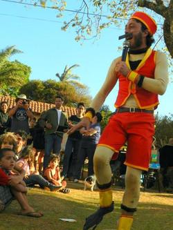 Circo Miko - Quaquaraquaqua Lapinha