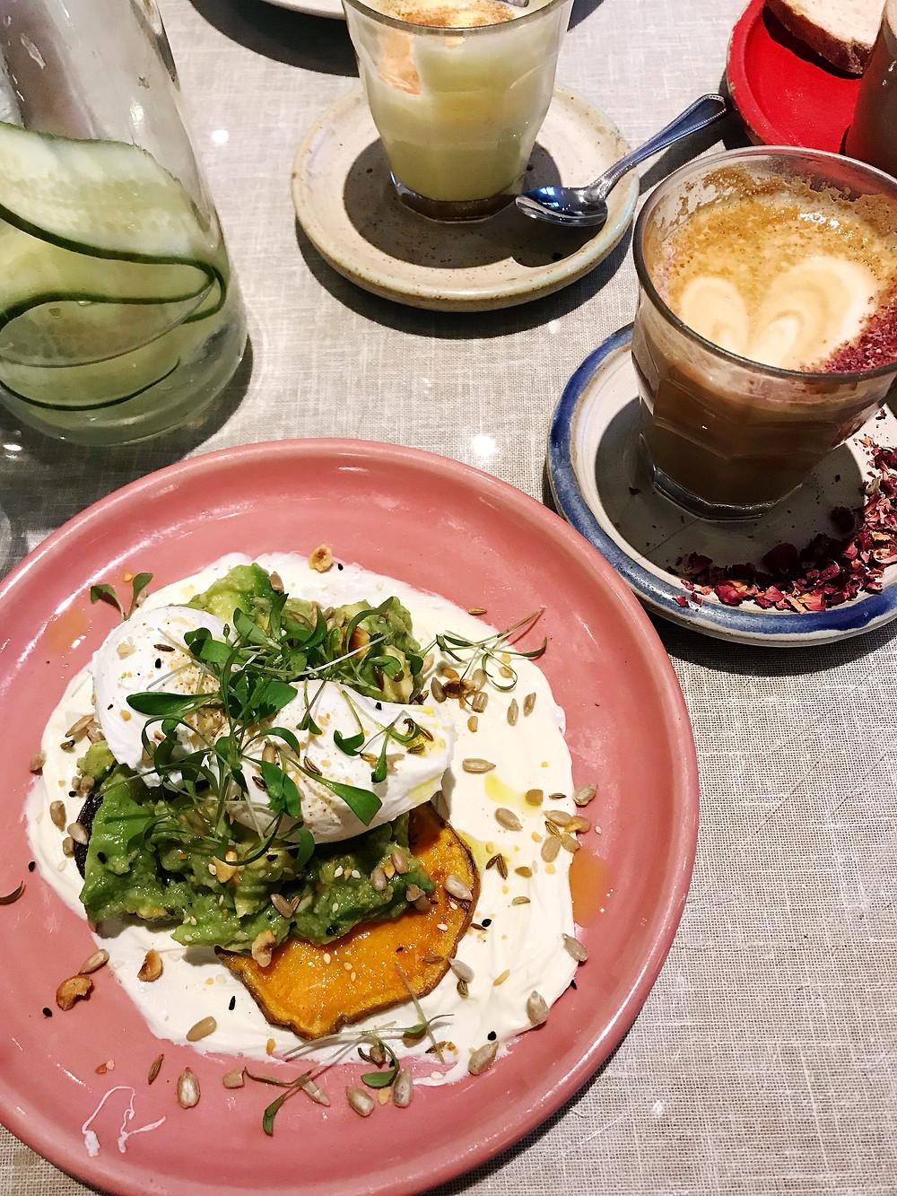 healthy London restaurants brunch breakfast farm girl
