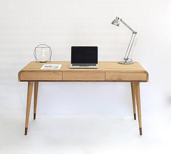 desk Zendu.jpeg