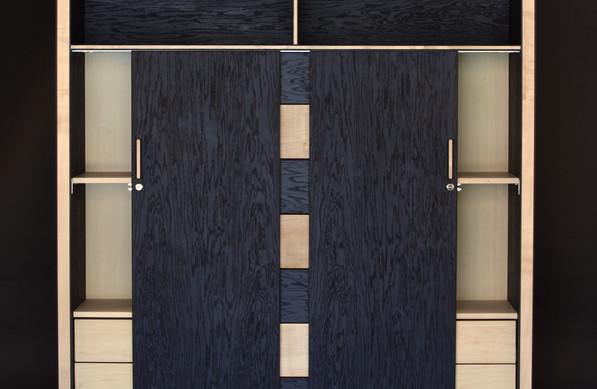 Zendu-cabinet-bog-oak.jpg