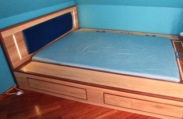 łóżko skrzyniowe2.jpg