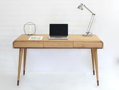 Zendu_home_desk.jpg