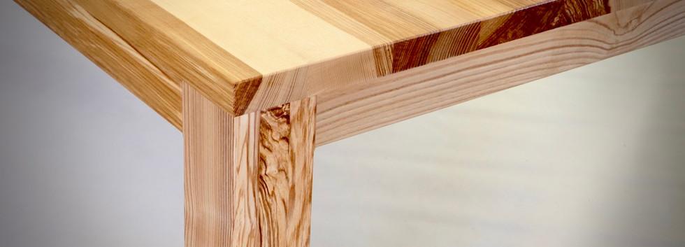 ash wood table 1.jpeg
