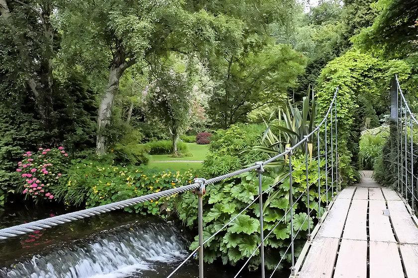 Mount-Usher-Gardens-13.jpg
