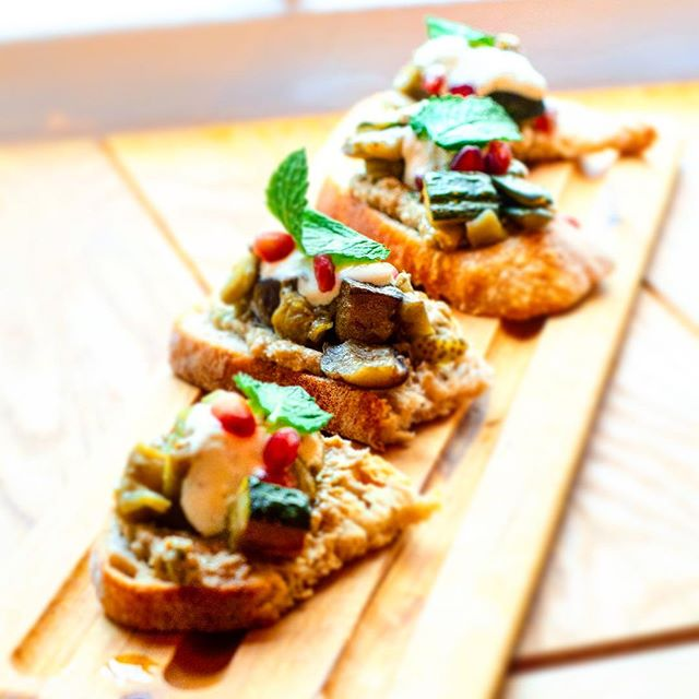 Roasted Baba Ganoush Bruschetta, Aubergi