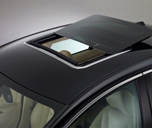 car-sunroof-h300-outside-open-black-car-