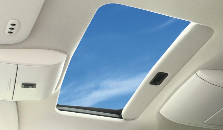 solaire4300-inside-open.jpg