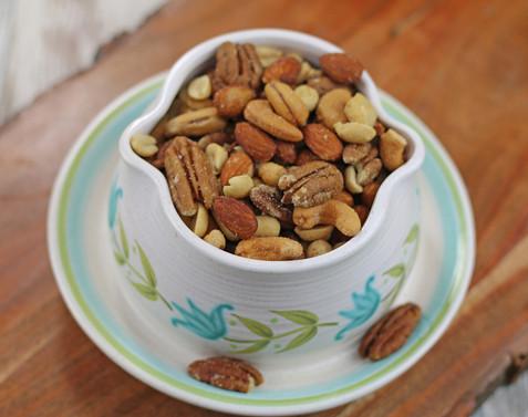 Bryant Pecan Company Mixed Nuts IMG_2043.jpg