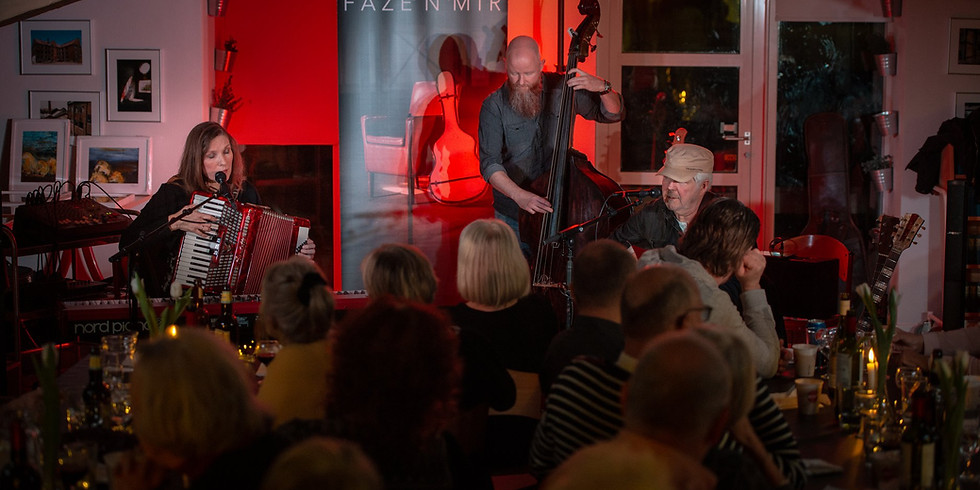 Overby Gamle Smedie - Indhouse Concerts