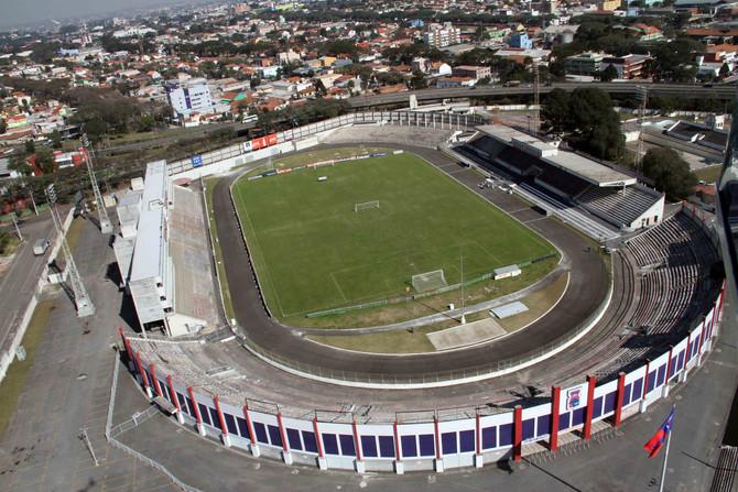 O sergipano que inaugurou o estádio do Paraná