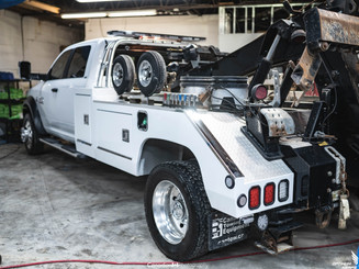 Dodge 5500 tow truck