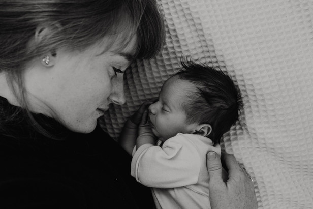Neugeborenenfotograf heddesheim-5.jpg