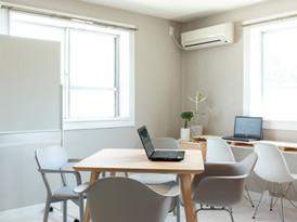 room2 ミーティング型オフィス