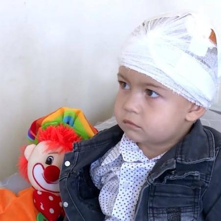 Մարտունիում ադրբեջանական ռմբակոծությունից վիրավորված 2-ամյա Արծվիկի մոտ դրական դինամիկա կա....