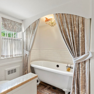 A Girls Bathroom To Imagine In