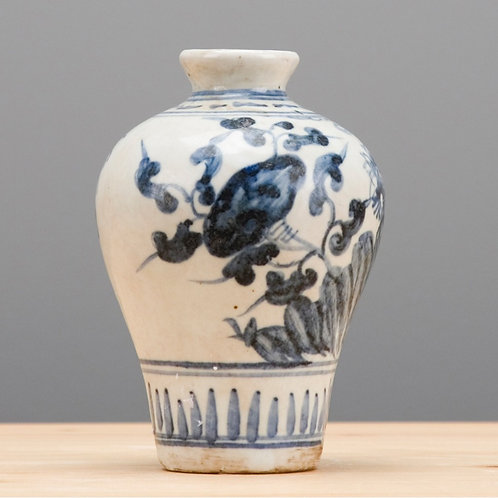 Oriental Small Vase with Hibiscus