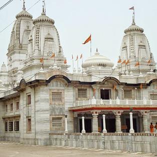 Famous Mandir in Gorakhpur, UP.jpg