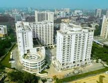 Vibhuti Khand Buildings 2.jfif