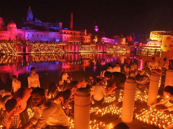Ayodhya-ians_1.jpg