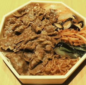 牛丼 1,300円