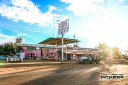 Pink Roadhouse Odnandatta