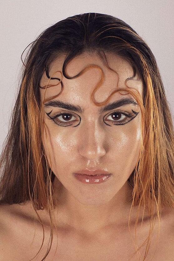 elysia beauty shoot 20024.jpg
