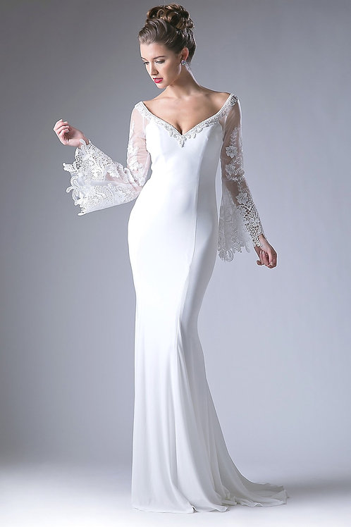 Off White Fit & Flare Long Sleeve Bridal Gown Size 4