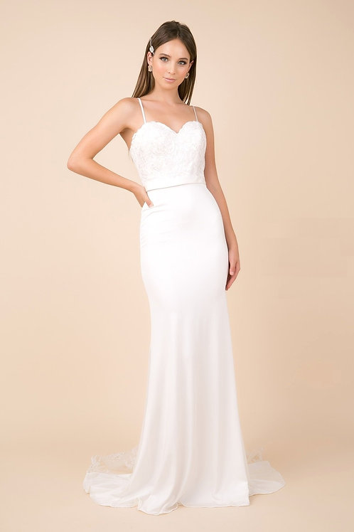 White Semi Formal Fit & Flare Bridal Gown Size M