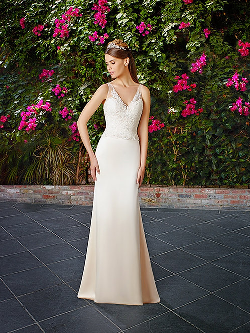 Ivory Gold Sheath Bridal Gown Size 10
