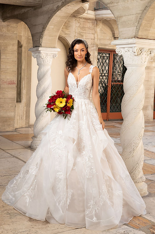 Ivory Beautifully Detailed A-LineBridal Gown Size 8