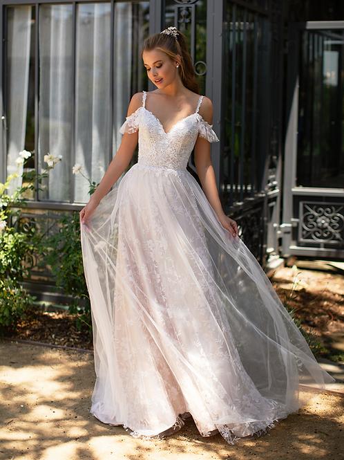 Ivory Cold Shoulder Glitter Bridal Gown Size 6