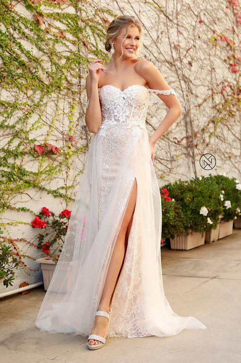White & Champagne Floral Embroidered Bridal Gown Size 6