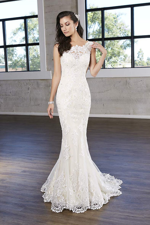 Ivory Lace Fit-n-Flare Bridal Gown Size 16