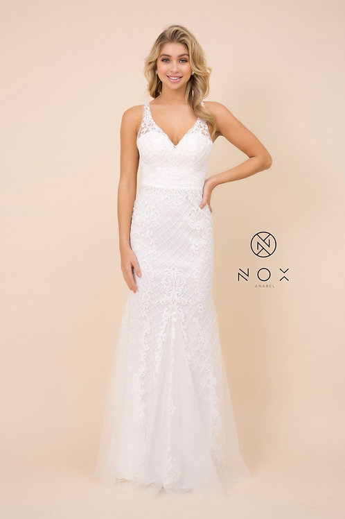 White Embroidered Mermaid Bridal Gown Size 8