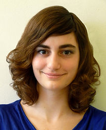 Lingüista, editora, operadora de cámara, comunicadora audiovisual