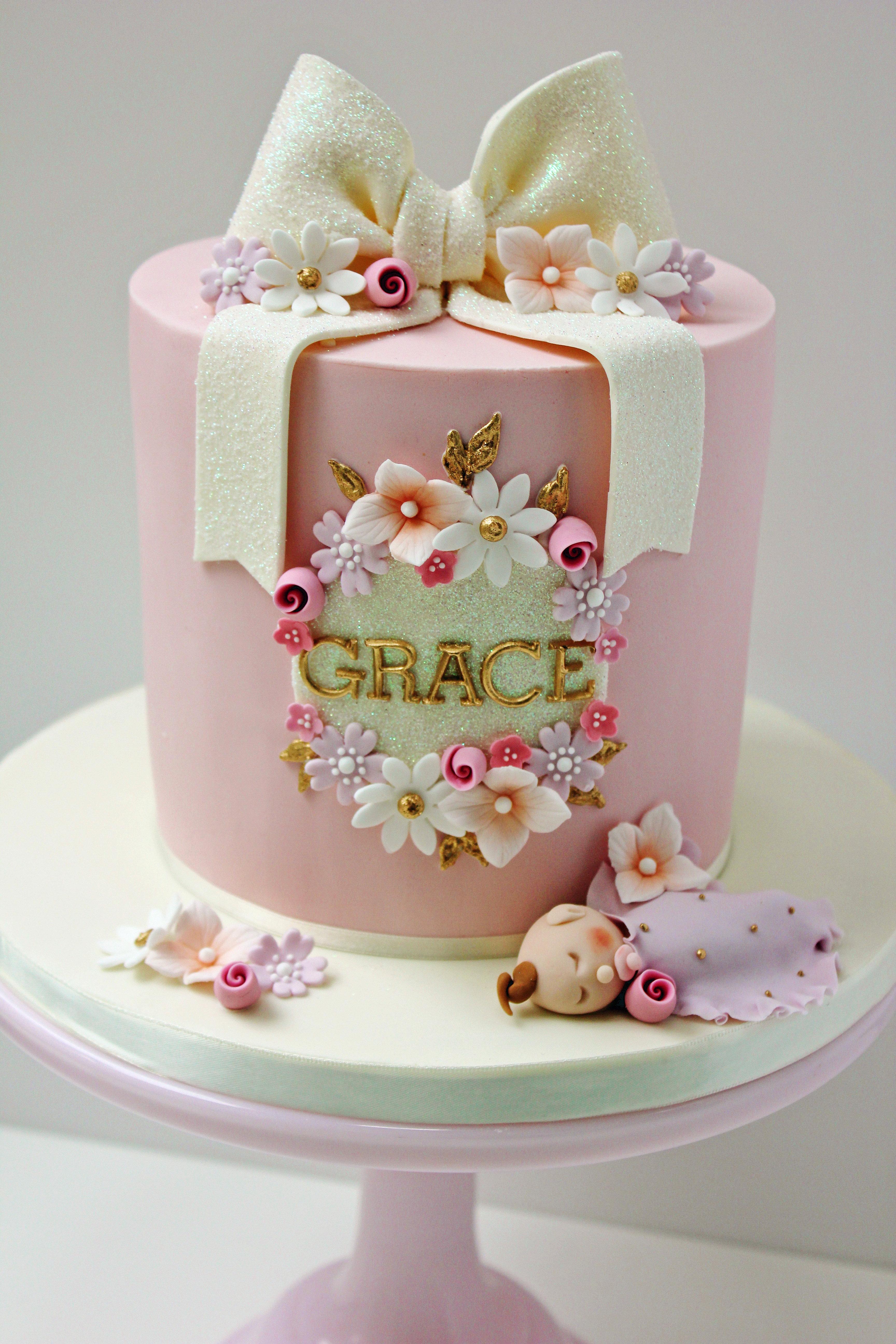 Elegant Ladies Birthday Cakes