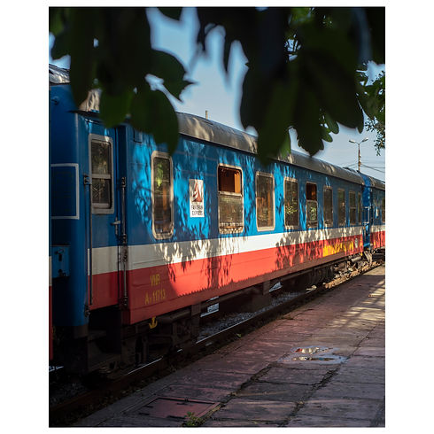 Vietnam Travel Cars Sponsor Sponsorship New York Boat Temple Train Dream Agency Agence Agent Still Life Portrait Photograph Photography Photographer Photographe Paris Jewelery Beauty Lifestyle Style Fashion Art Print Magazine Model