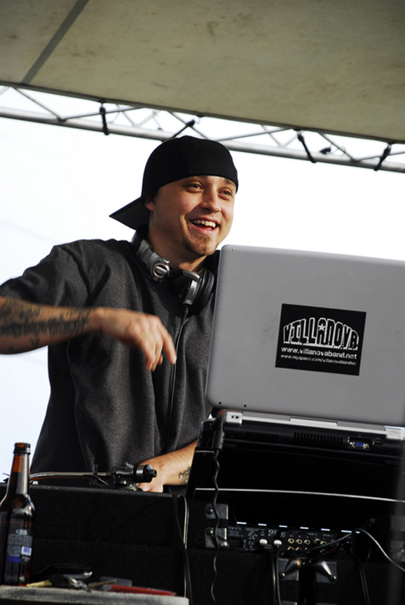 08 DJ Able One04.jpg