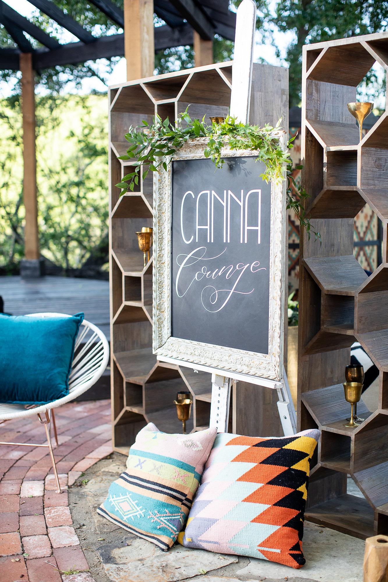 Canna Lounge Beyond