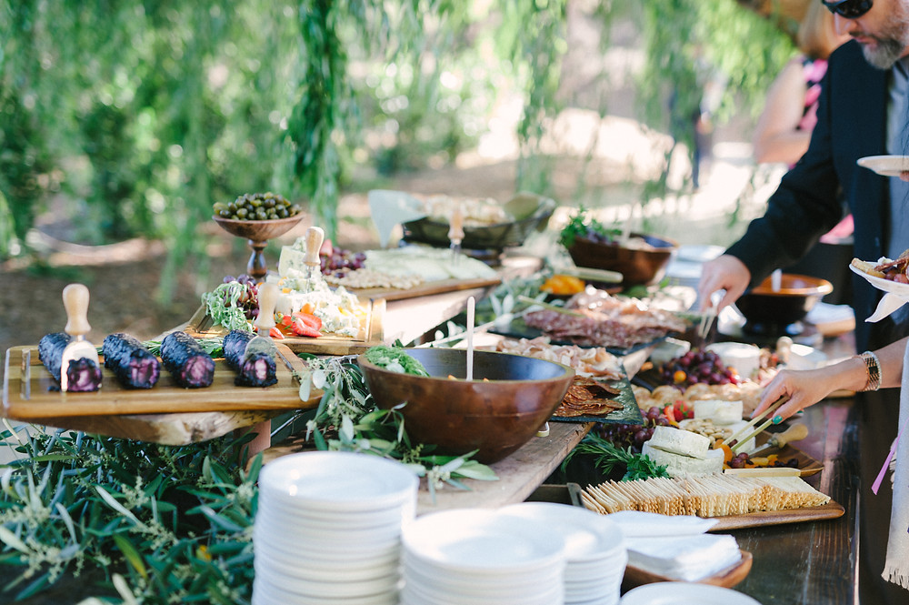 Caterer: Trumpet Vine Catering / Photographer: Yvonne Goll Photography