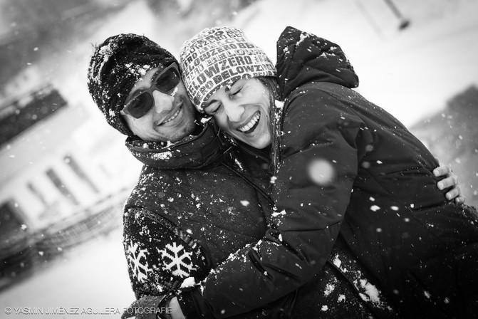 Pärchen im Schnee