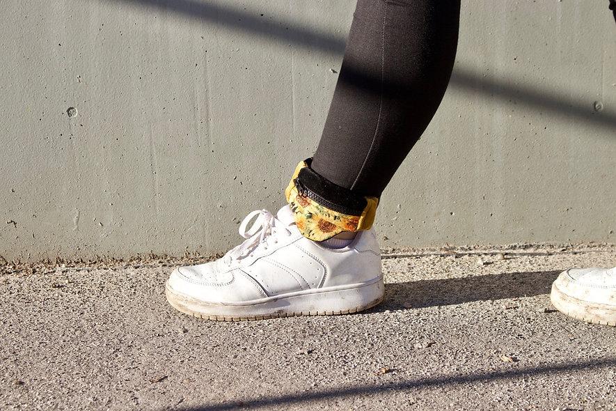Gelenktasche  Baumwoll-Samt Sonnenblumen Gelenk Tasche - hannisch