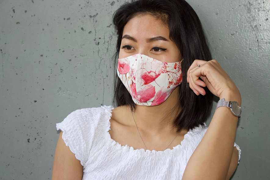 Blüten Beige Hell Rot Maske- hannisch